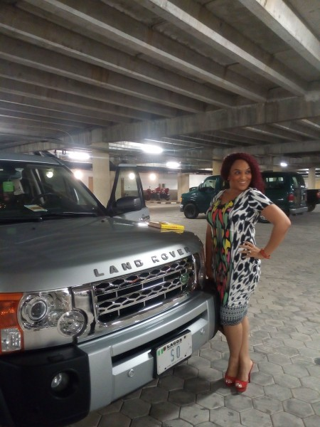 sammie-okposo-car-gift-to-wife (6)