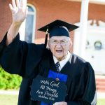 88 Year Old Man Graduates University With Straight A's