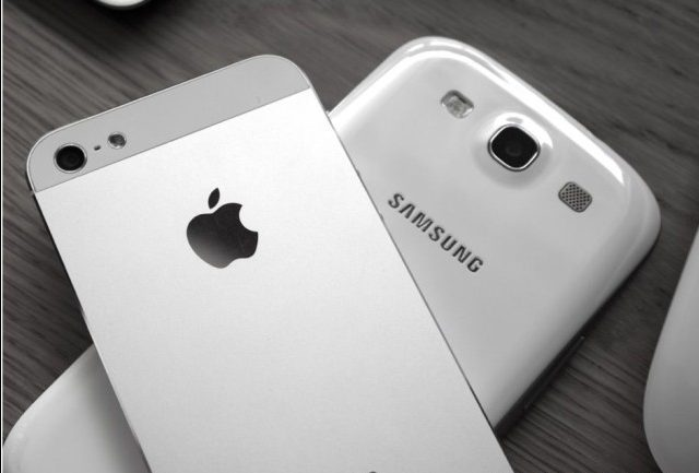 Samsung Overtakes Apple To Become World's Biggest Phone ...